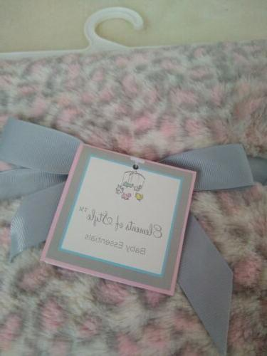 """NEW WITH TAGS OF STYLE NURSERY BABY BLANKET 30""""*40*"""